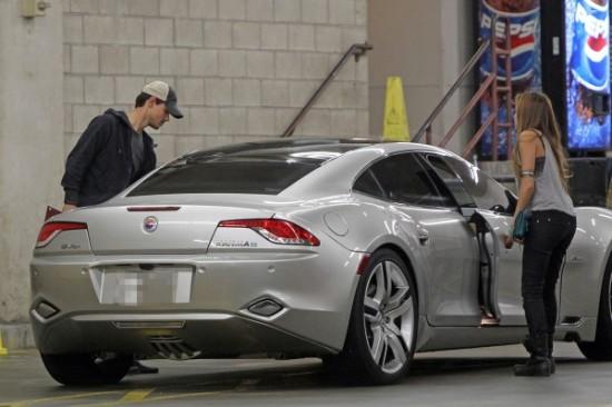 Los famosos sucumben a los vehículos eléctricos