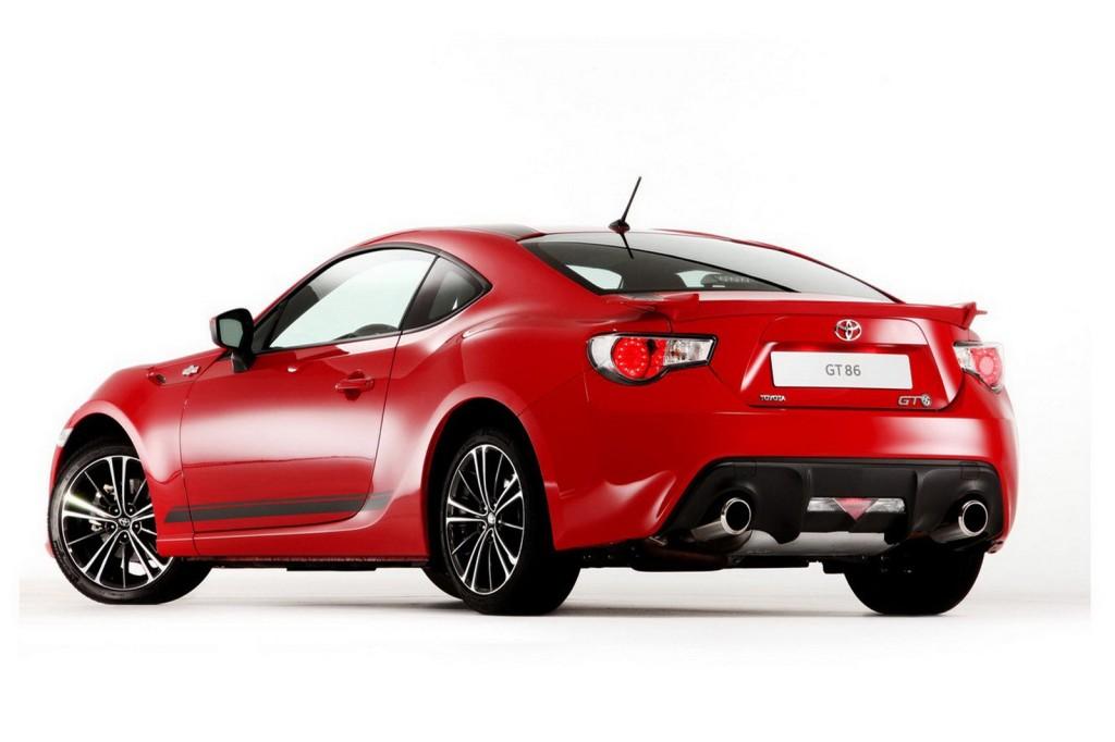 Toyota, líder de ventas en Japón y España