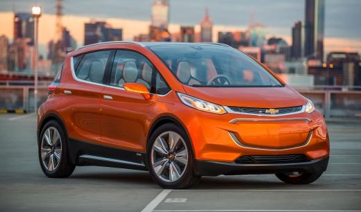Chevrolet lanza su vehículo electrónico Bolt en el CES