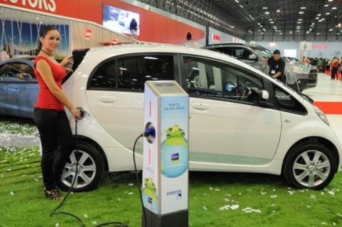 Las buenas ventas de los automóviles eléctricos
