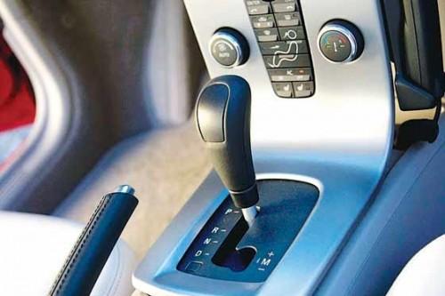 ¿Por qué los automóviles automáticos son más seguros'